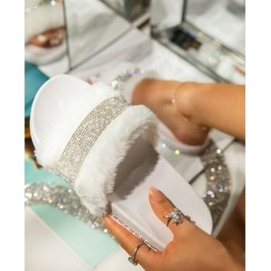 Just In! 💎💍Luxury Diamante Slide Sandal - White